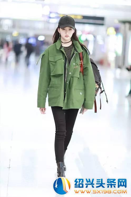 杨幂迪丽热巴井柏然杨洋最新机场街拍 3.28 4.1图片