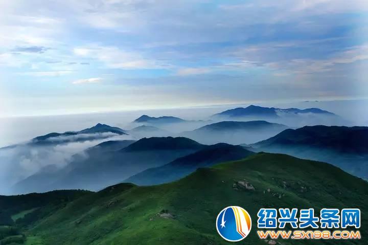 东白山属亚热带季风气候,雨量充沛,空气湿润.