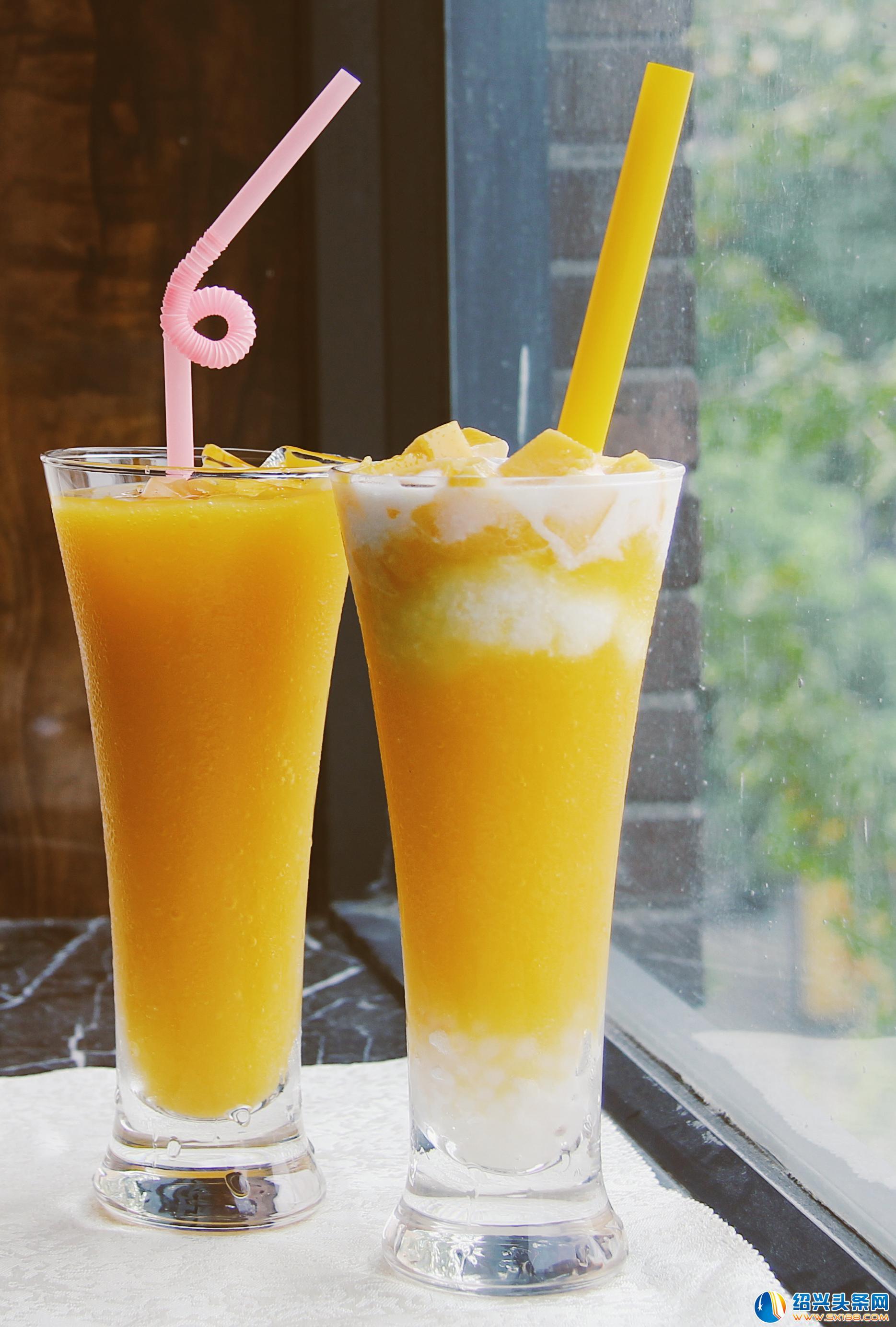 苹果奇异果汁_芒果汁/奶昔      西瓜汁/奶昔      苹果汁/奶昔      奇异果汁