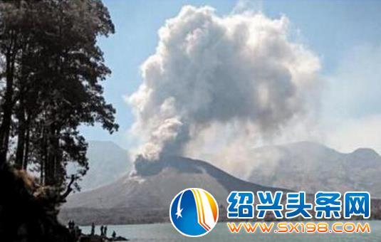 巴厘岛火山或将喷发 一万余人紧急撤离